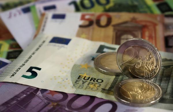 Ministerija primena: kreipiantis dėl piniginės socialinės paramos turimas turtas kol kas nevertinamas
