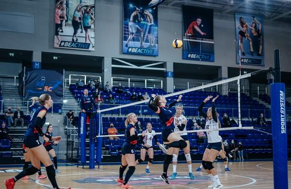 Baltijos moterų tinklinio lygos viršūnėje – dvi Lietuvos komandos