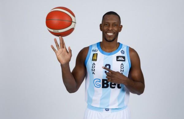 """J. Palacios ispanų kalbos pamokėlės Jonavos """"CBet"""" krepšininkams"""