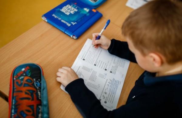 Papildomoms mokinių konsultacijoms – 5,1 mln. eurų