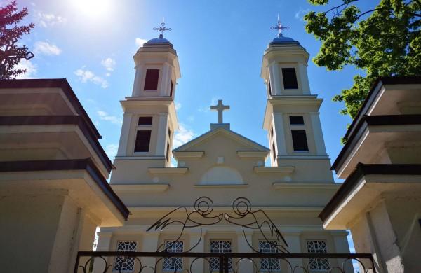 Šv. Mišių laikas spalio mėnesį bei lapkričio 1 ir 2 dienomis