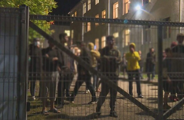 DebunkEU.org: skleisdamas dezinformaciją, Minskas kaltę dėl padidėjusio migrantų srauto bando permesti Vakarams