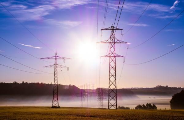VDAI apie buitinių elektros energijos vartotojų asmens duomenų perdavimo nepriklausomiems tiekėjams teisėtumą