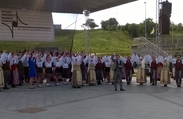 Kartu su svečiais iš Estijos ir Moldovos